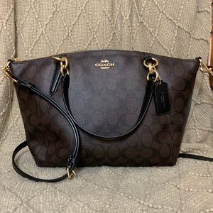 COACH Small Kelsey signature satchel